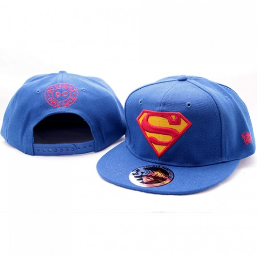 Superman logo pet